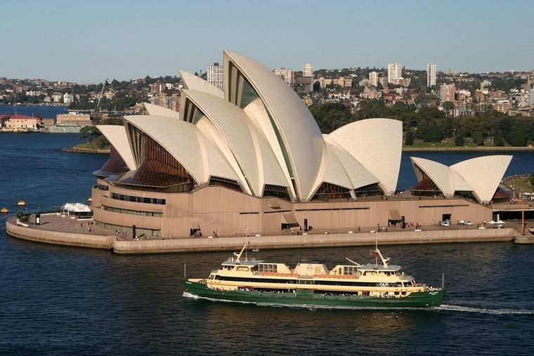 Large opera house sydney