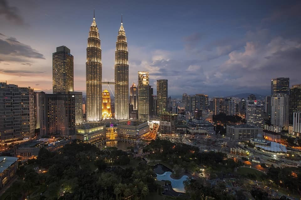 Petronas twin tower kuala lumpur malaysia